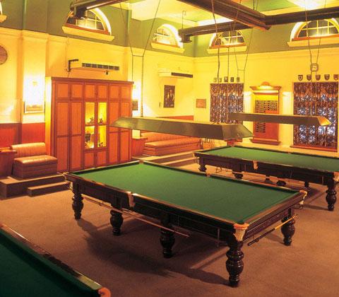 Sports-Club-billard